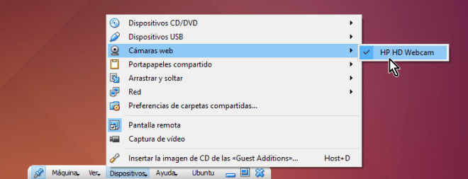 Lista de cámaras web disponibles desde la barra de herramientas en cómo utilizar la cámara web en VirtualBox