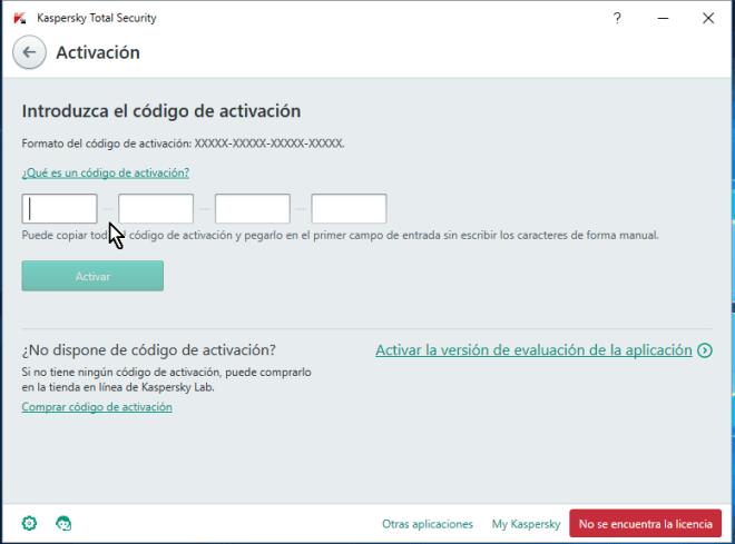 Pantalla para activar el antivirus Kaspersky Total Security multidispositivos entrando el código de activación