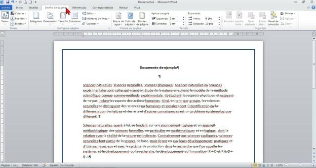 Pestaña Diseño de página en cómo colocar un borde a página de Word 2013.