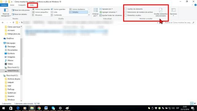 Pestaña Vista en cómo mostrar las carpetas y archivos ocultos en Windows 10