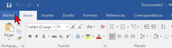 Pestaña Archivo de Word 2016 en cómo abrir y reparar un archivo de Word 2016