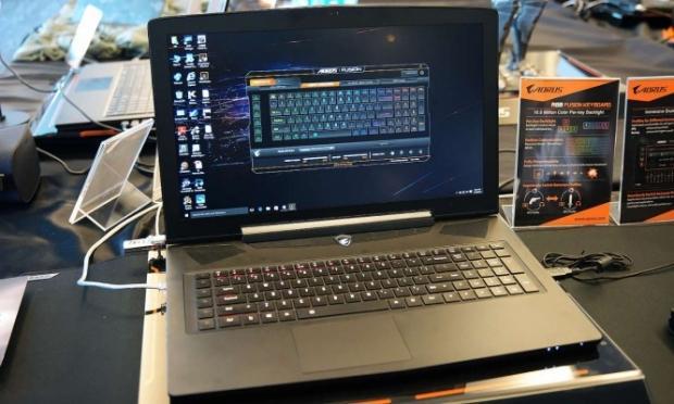 52368_1_aorus-a7x-pro-laptop-rocks-dual-gtx-1080m-sli-4k-display-120hz