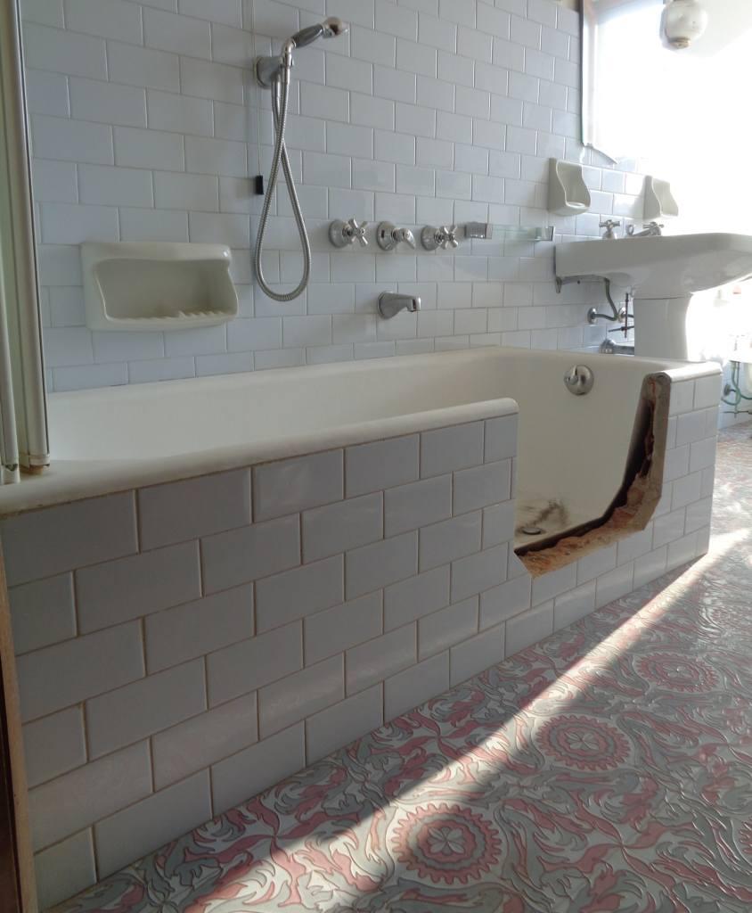Vuoi Una Vasca Da Bagno Con Sportello Modifica La Tua Vecchia Vasca Tecnobad