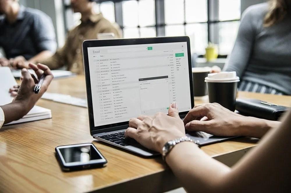 Spark como organizador de correos electrónicos