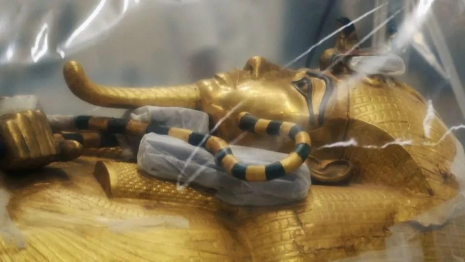 Proceso de restauración del sarcófago de Tutankamón