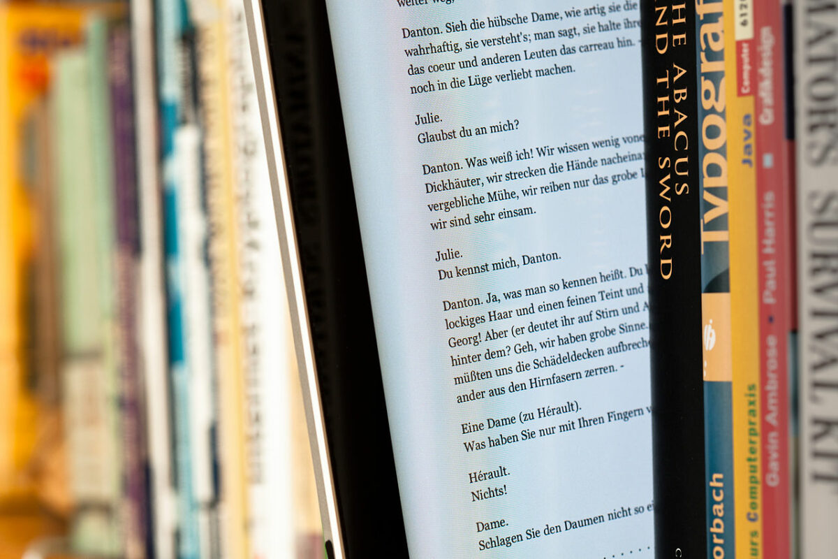 diferencias entre leer en un libro electrónico o hacerlo en una tablet