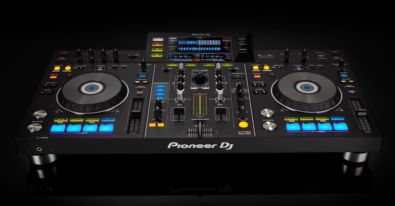 Pioneer-XDJ-RX_FRONT