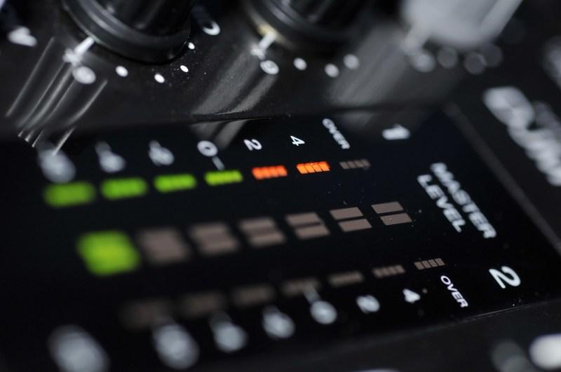 vumetro mixer