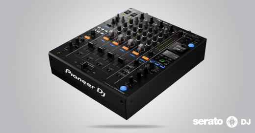 el-mixer-pioneer-djm-900nxs2-sera-compatible-con-serato-dj