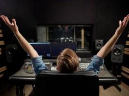 Si-soy-DJ-necesito-producir-musica-electronica