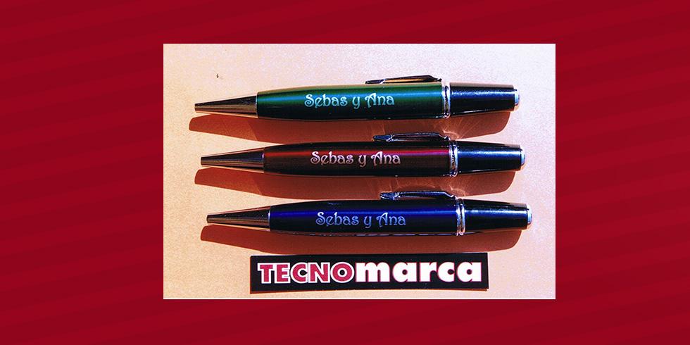 grabado láser bolígrafo Sebas y Ana