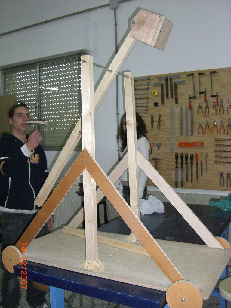Catapultas trebuchet en construcción 2