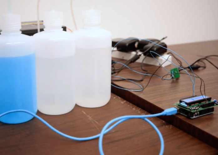 Arduino produtos de limpeza são usados para envio de sms via arduino Produtos de limpeza são usados para envio de SMS via Arduino Arduino Machine Sends Text Message Using Chemicals