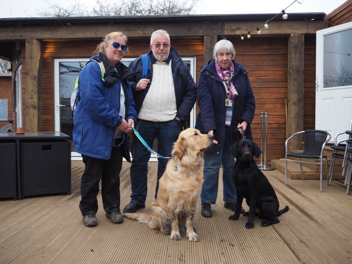 L to R hoomans - Ma, PuppyPa Pat and PuppyPa Irene. with Big Teddy (golden retrieever) and Little Teddy (black lab x retriever)