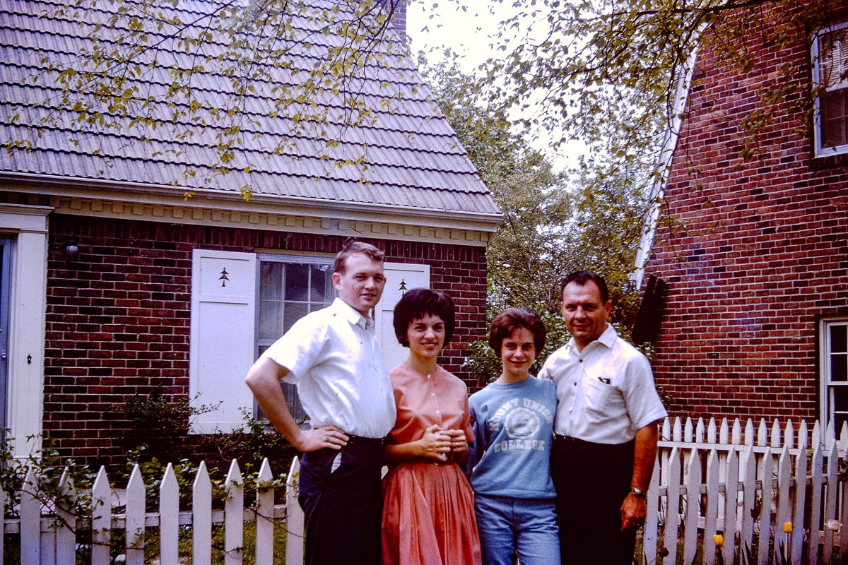 Oct 1965: Jan, Bill, Susie Matilo, George