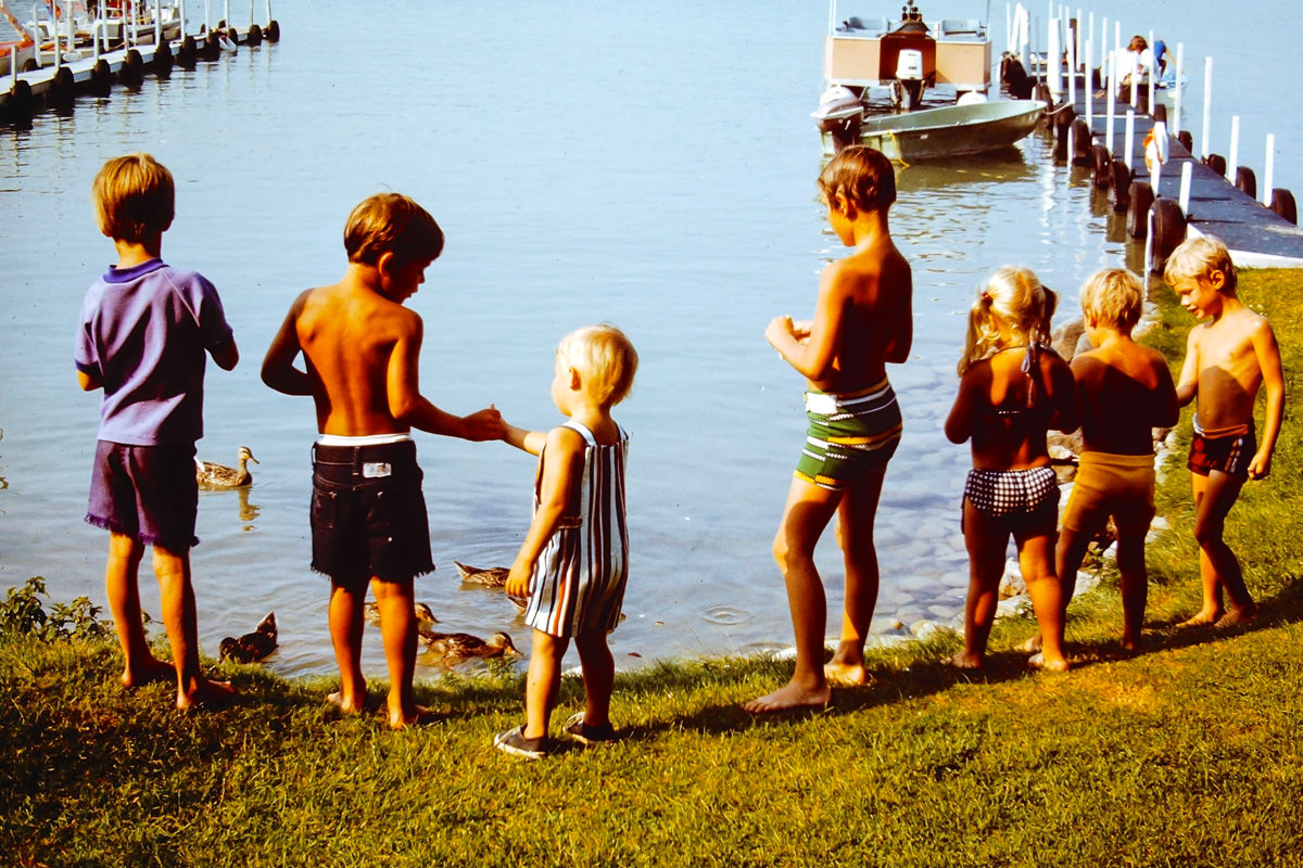 Walloon Lake 1974: no idea, Dickey, Greg, no idea, Jenny, Doug, Rob