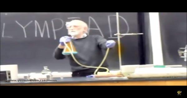 Grande Professor de Química 4