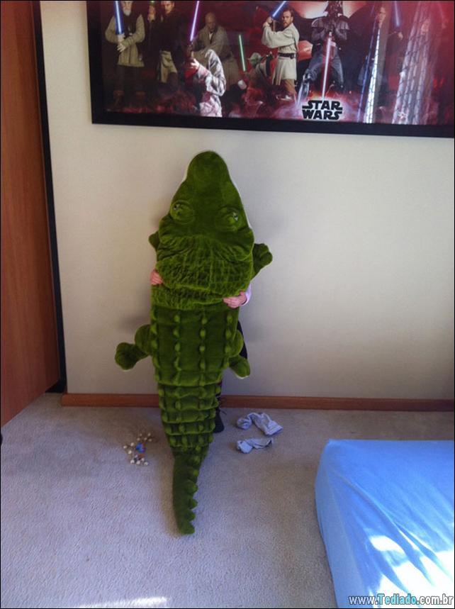crianca-mestre-brincadeira-esconde-04