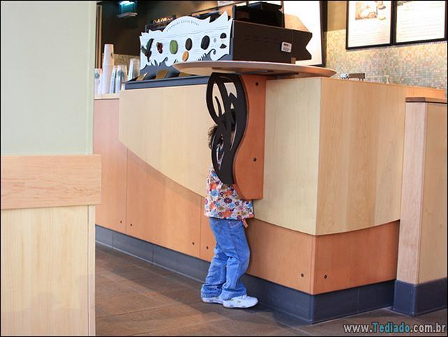 crianca-mestre-brincadeira-esconde-12