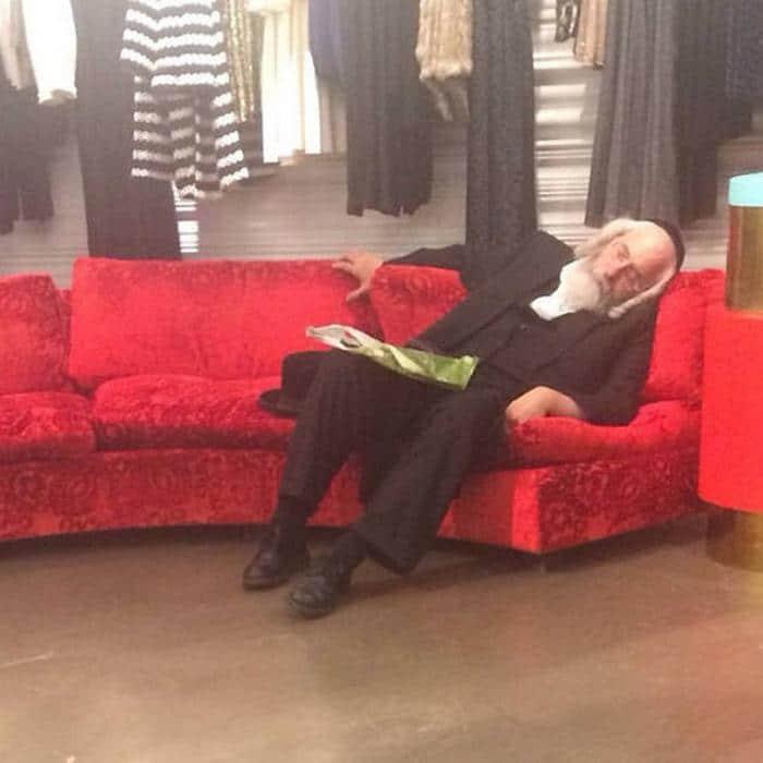 31 homens que conhecem a dor das compras 5