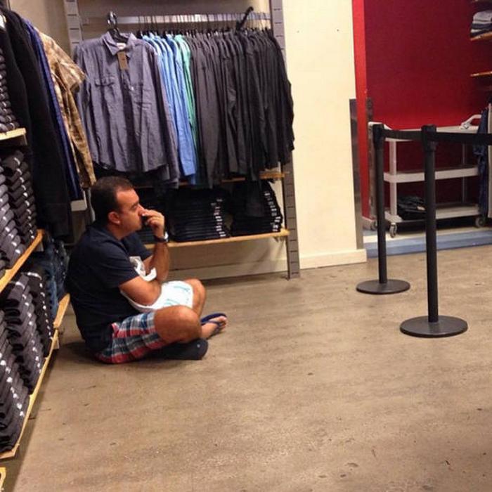 31 homens que conhecem a dor das compras 12