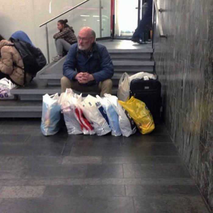 31 homens que conhecem a dor das compras 16