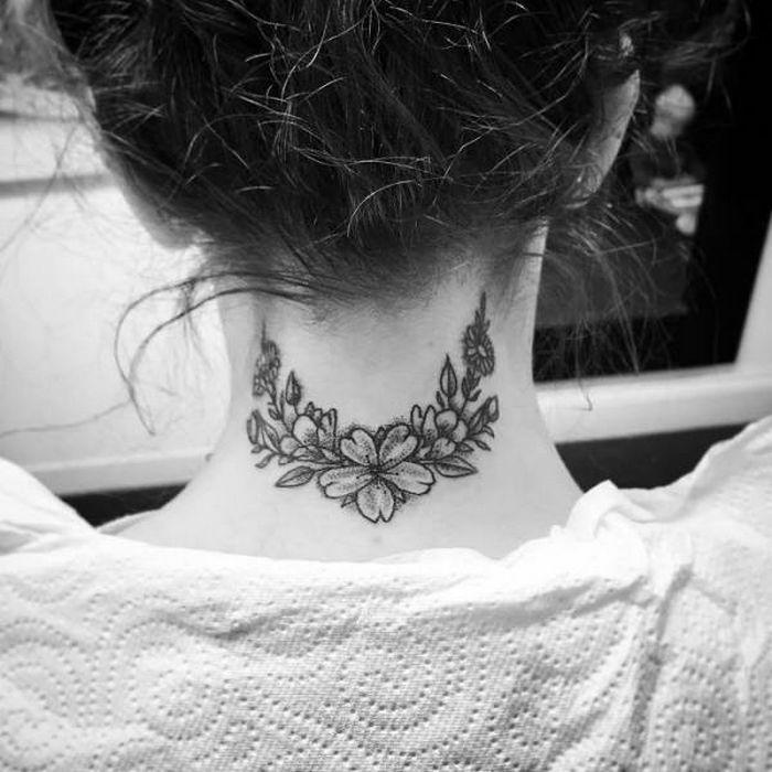 45 idéias inspiradoras de tatuagem para o pescoço e nuca 2
