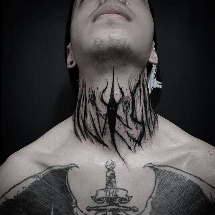 45 idéias inspiradoras de tatuagem para o pescoço e nuca 24