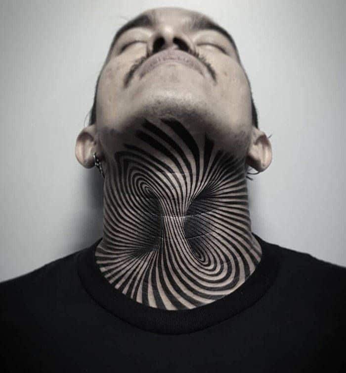 45 idéias inspiradoras de tatuagem para o pescoço e nuca 43