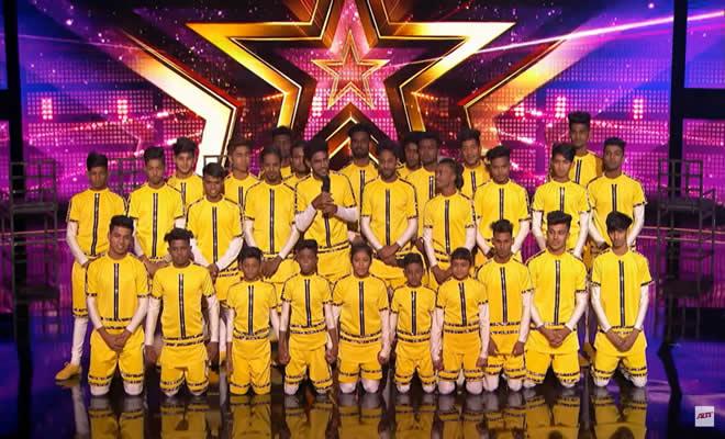 Grupo indiano de dança ganha o botão dourado 7