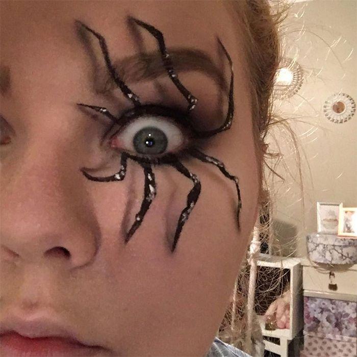 21 idéias assustadoras de maquiagem bem a tempo para o Halloween 17