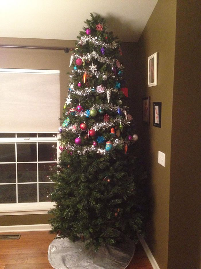 21 dicas genias de como proteger sua árvore de Natal dos animais de estimação 11
