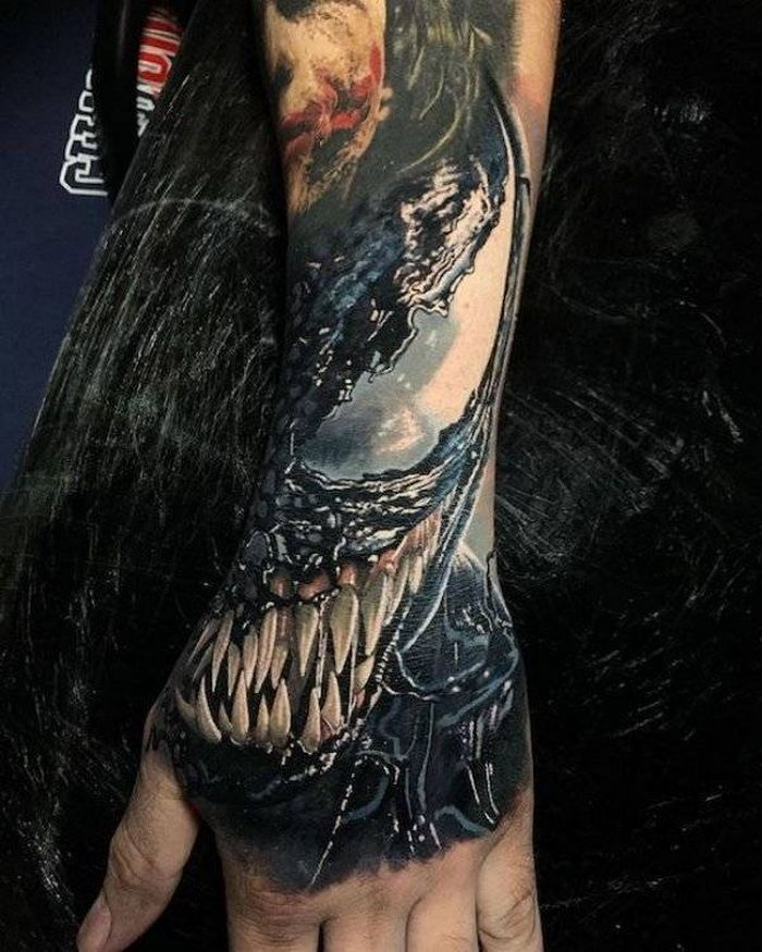 37 tatuagens hiper realistas que quase parecem vivas 28