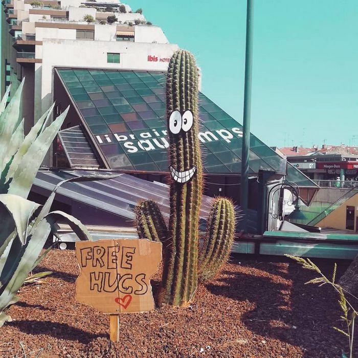 Artista dá vida às ruas simples adicionando personagens divertidos (34 fotos) 17