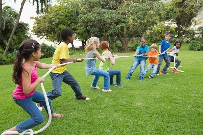 12 brincadeiras em grupo para se divertir com os amigos 7