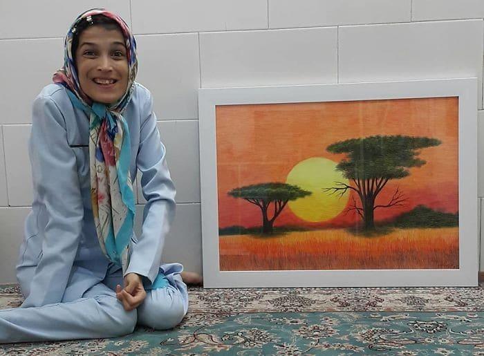 35 retratos incríveis desta artista iraniana com deficiência que usa apenas o Pé 28