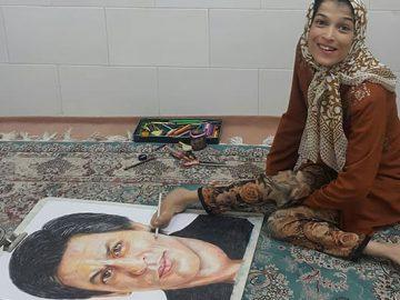35 retratos incríveis desta artista iraniana com deficiência que usa apenas o Pé 2