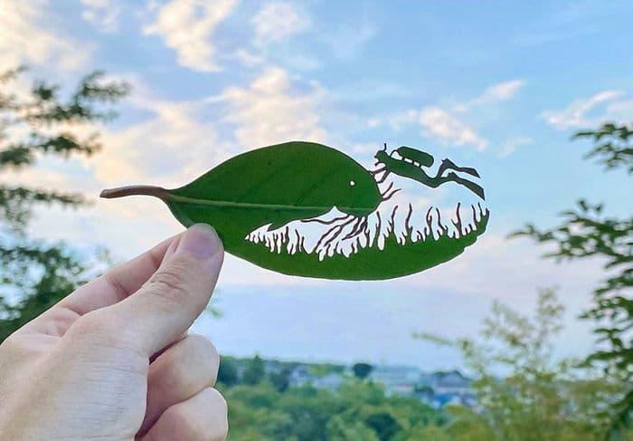 Artista japonês cria obras de arte com recortes em folhas 3