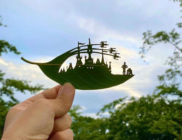 Artista japonês cria obras de arte com recortes em folhas 7