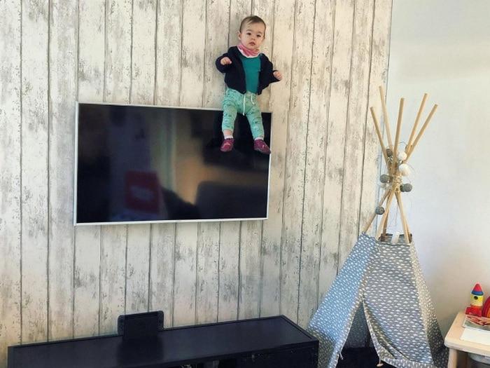 Pai usa Photoshop para por seu filho em situações de perigo para assustar os parentes 20