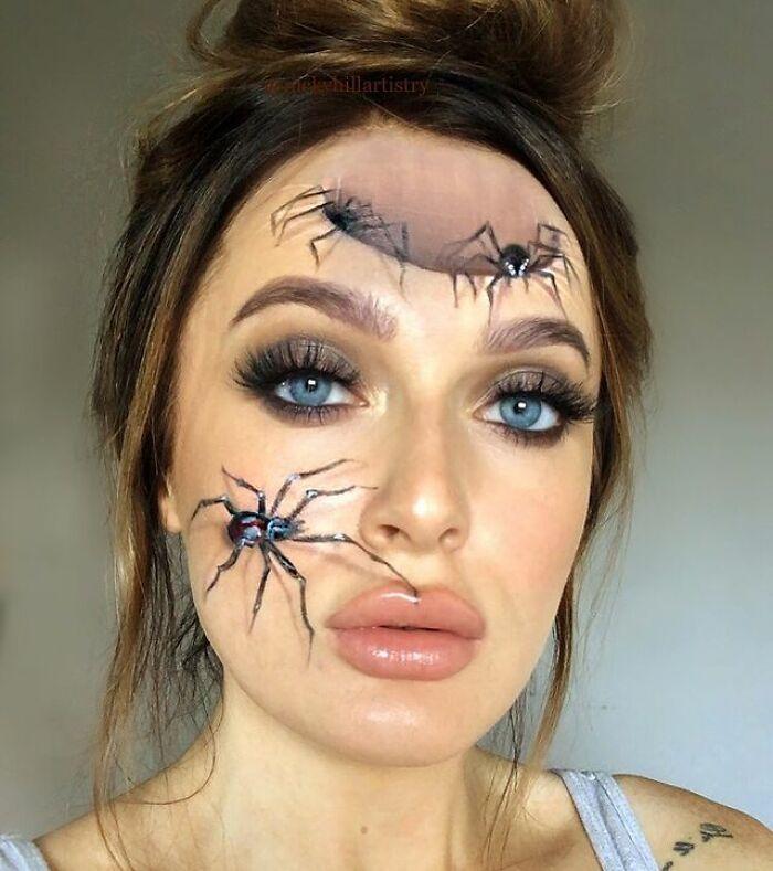 Artista de maquiagem se transforma em qualquer celebridade ou ilusão de ótica que ela deseja 24