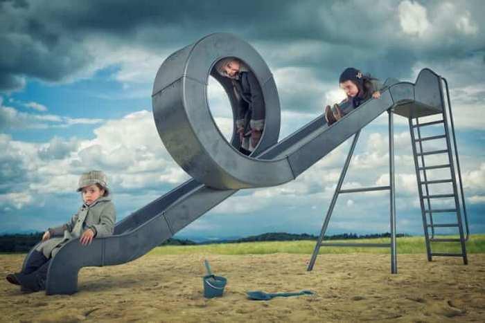 Fotógrafo cria manipulações extraordinárias com a sua própria família 9
