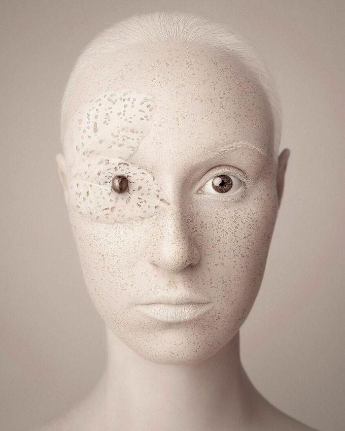 Artista húngara compartilha os olhos dos animais em sua série de auto-retratos (19 fotos) 8