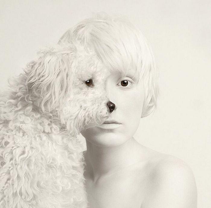 Artista húngara compartilha os olhos dos animais em sua série de auto-retratos (19 fotos) 14