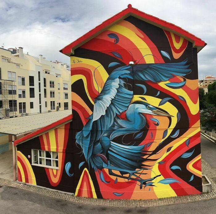 32 edifícios decorados com hipnotizantes murais de vida selvagem 6