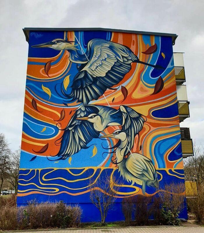 32 edifícios decorados com hipnotizantes murais de vida selvagem 11