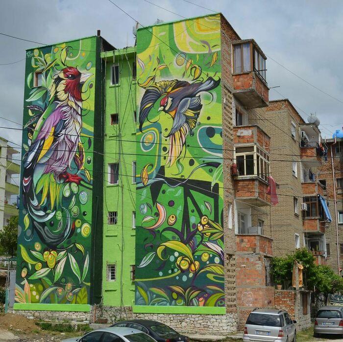 32 edifícios decorados com hipnotizantes murais de vida selvagem 20