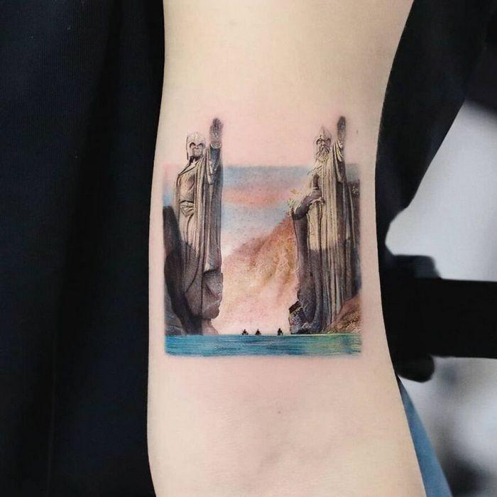 39 tatuagens detalhadas de personagens e pinturas populares de Hanak Adik 13