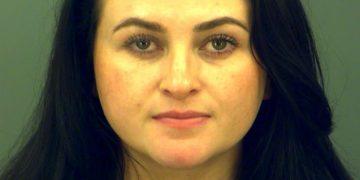 Mãe se passa por filha de 13 anos e é presa por isso 6