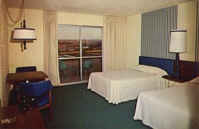 Wahweap-Lodge,-Page-Arizona.jpg